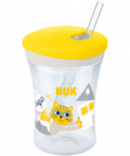 NUK Action Cup 230ml mit Trinkhalm